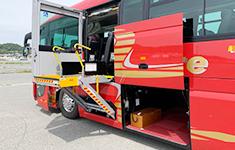 リフト付きバス2